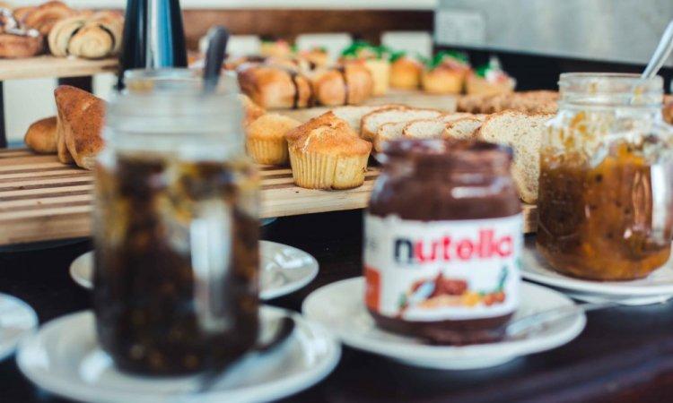 Photographe pour photos de petits-déjeuners d'hôtel à l'étranger